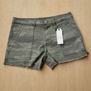 Sanctuary camo shorts